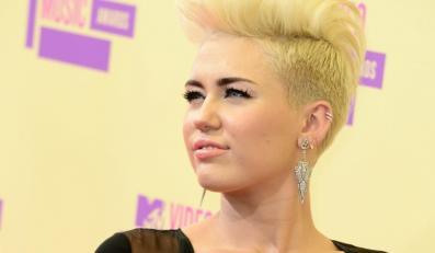 Miley Cyrus na gali MTV 2012 Video Music Awards