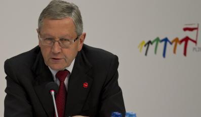 Szef Europejskiego Mechanizmu Stabilności Klaus Regling na konferencji prasowej podczas polskiej prezydencji