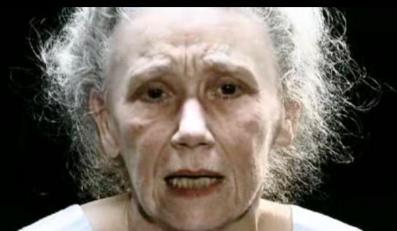73-letnia pornogwiazda promuje nowe Massive Attack