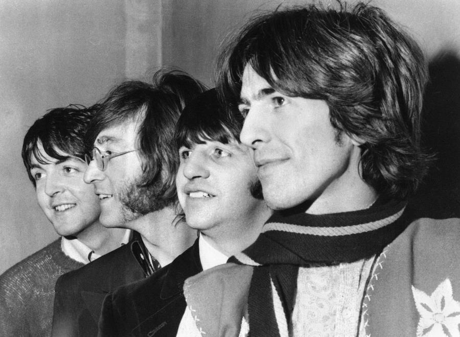 The Beatles wykupili cały nakład \
