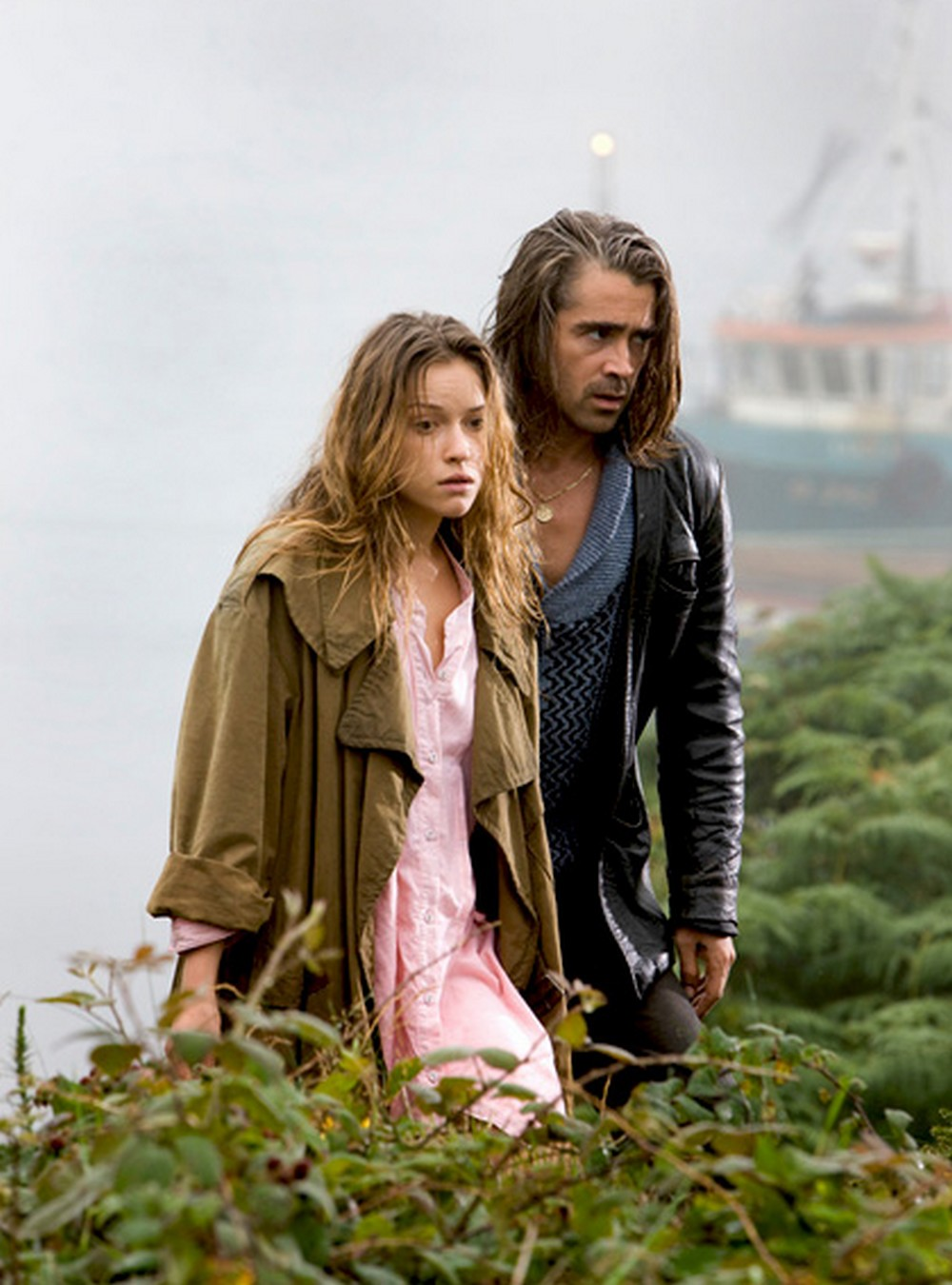 Alicja Bachleda-Curuś i Colin Farrell w filmie \