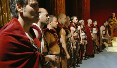 """""""Cezar musi umrzeć"""" –laureat Berlinale w polskich kinach"""