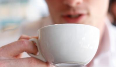 Kawa a nietrzymanie moczu u mężczyzn