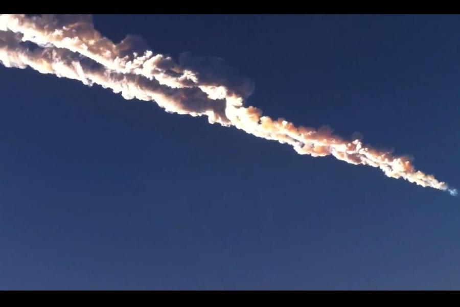 Chmura po przelocie meteorytu nad Czelabińskiem