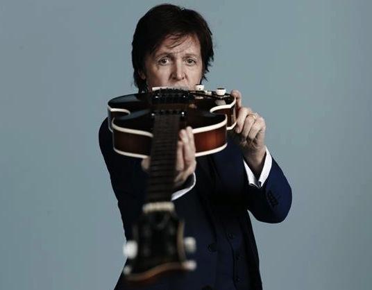 Paul McCartney przedstawia teledysk do \