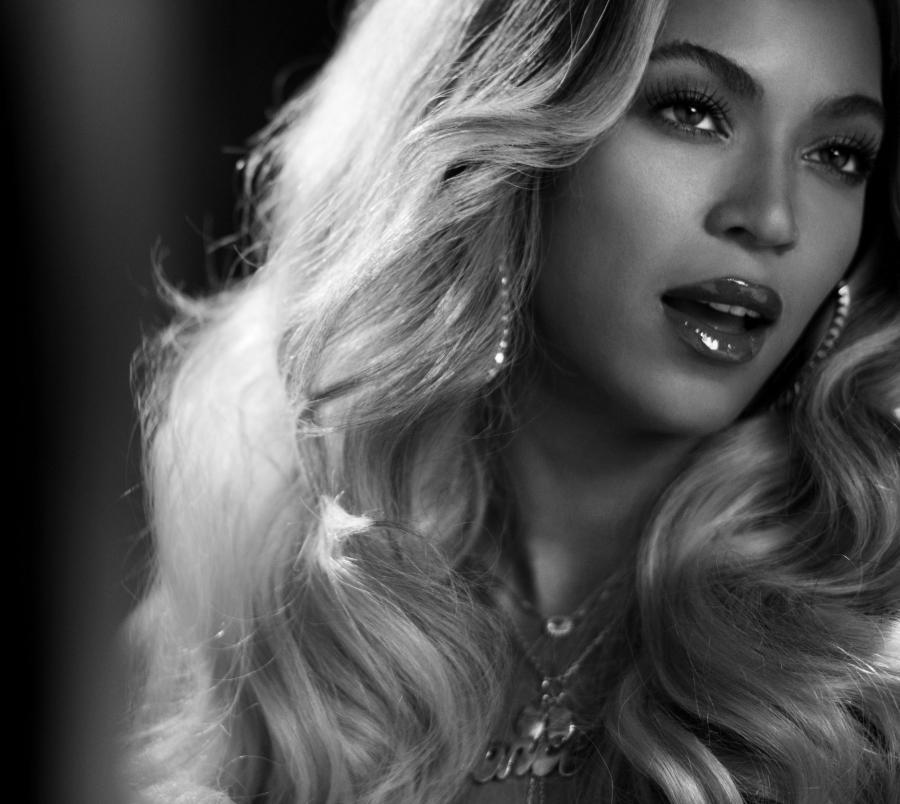 Beyoncé prezentuje \