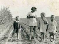 Rozstrzelali nawet dzieci... Bohaterscy Polacy oddali życie za Żydów