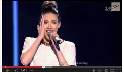 """Ormianka śpiewa """"Dziwny jest ten świat"""" w ukraińskim """"The Voice"""""""