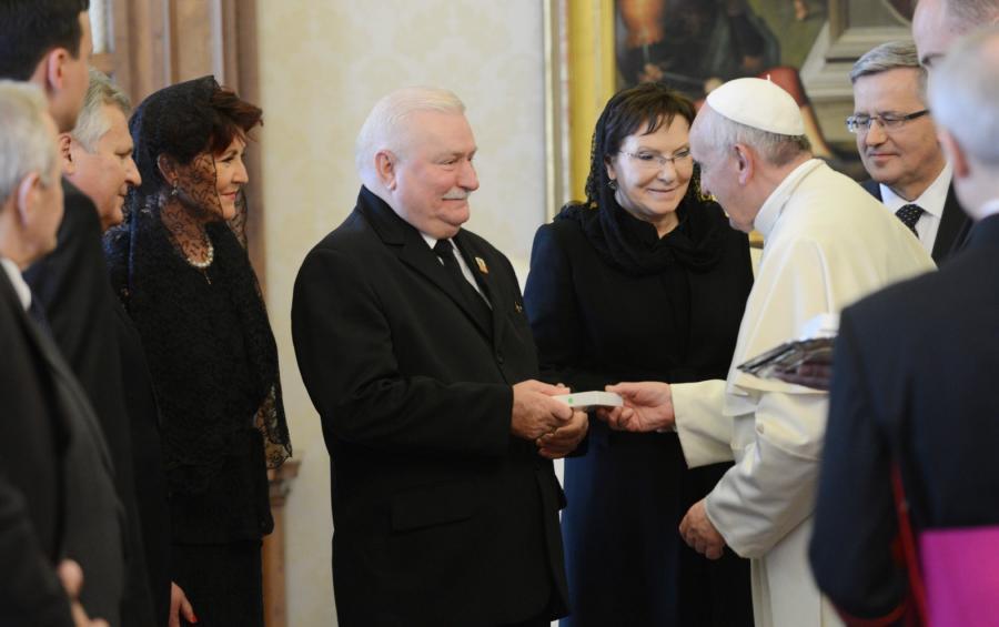 Prezydent Komorowski na audiencji u papieża Franciszka