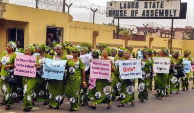 Nigeryjki domagają się wypuszczenia porwanych dziewczynek