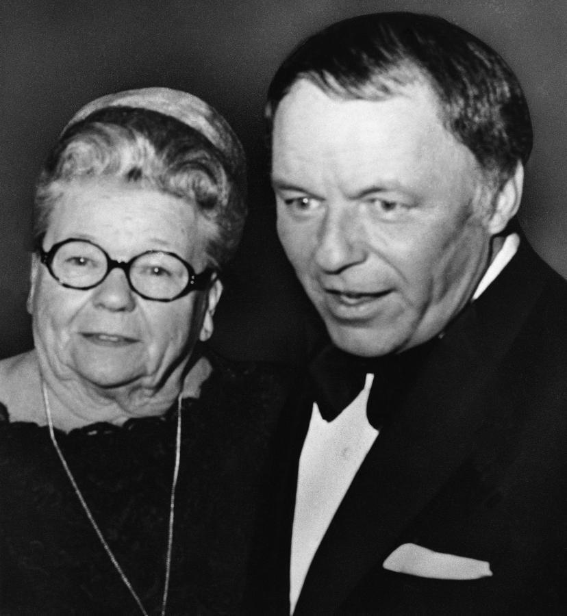 Frank Sinatra i jego matka Dolly