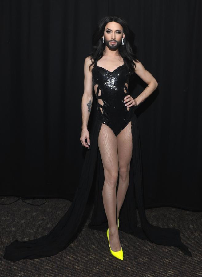 Conchita Wurst i nogi, które podbijają sieć
