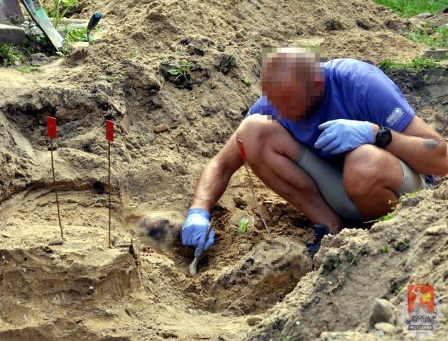 Ofiary gangsterskich porachunków znaleziono pod Warszawą