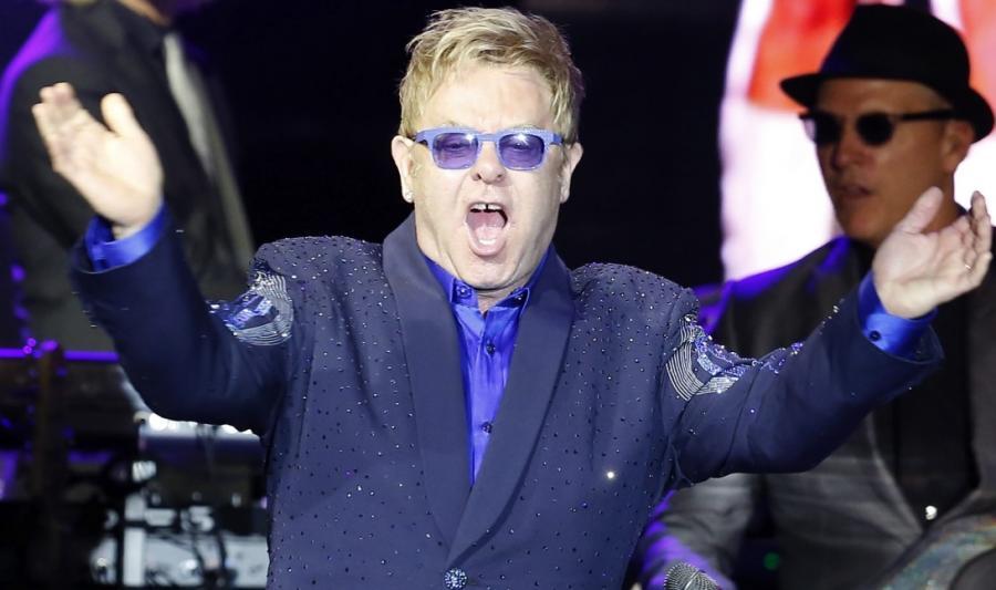 Elton John podczas występu na Monte-Carlo Sporting Summer Festival 2014
