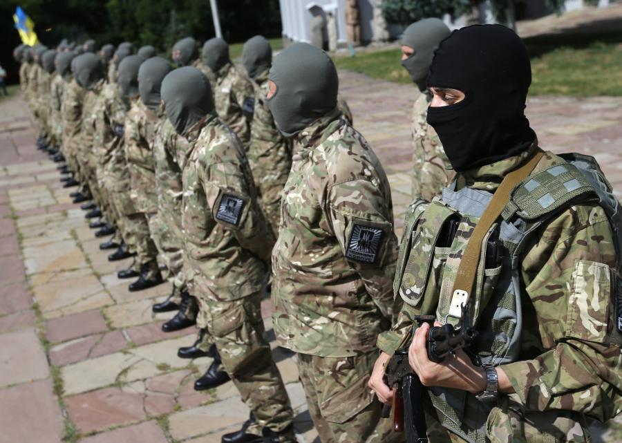 Żołnierze prorządowego batalionu Azow