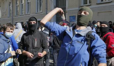 Protesty przeciwników autonomii Donbasu