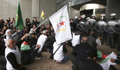 Kurdowie przed Parlamentem Europejskim