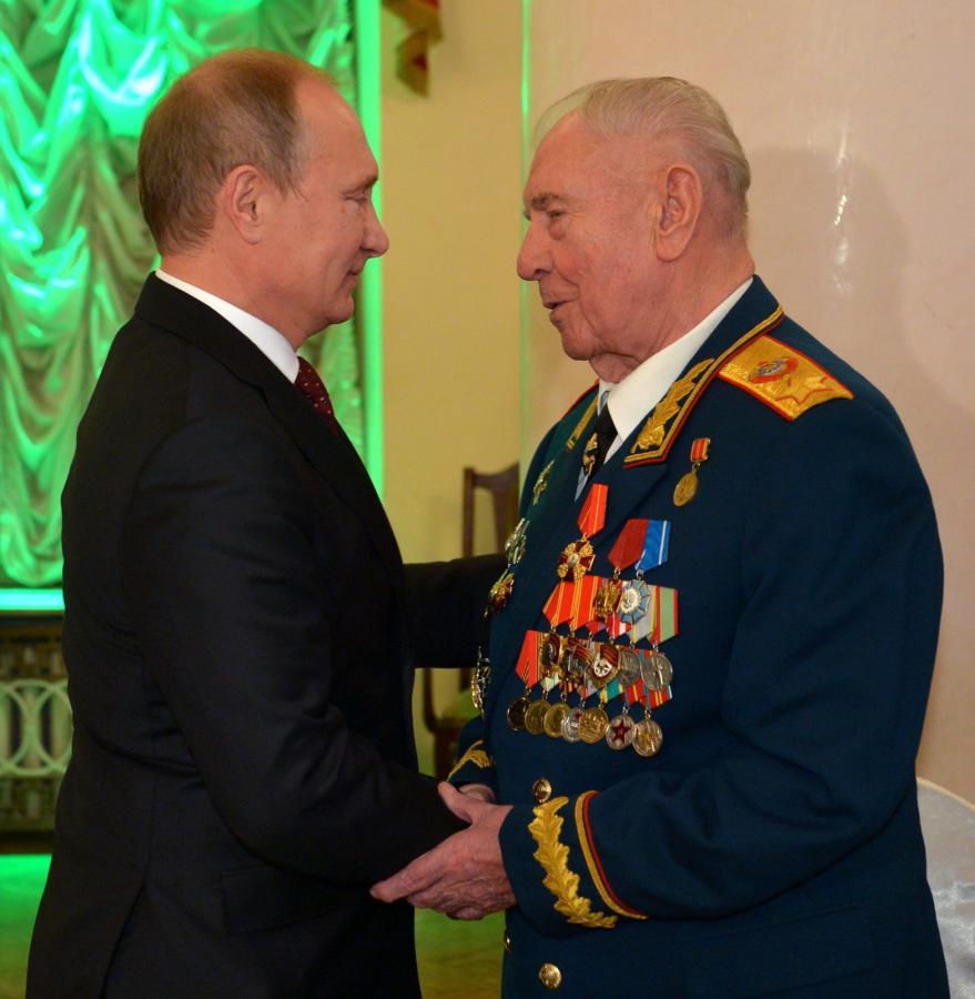 Władimir Putin i Dmitrij Jazow