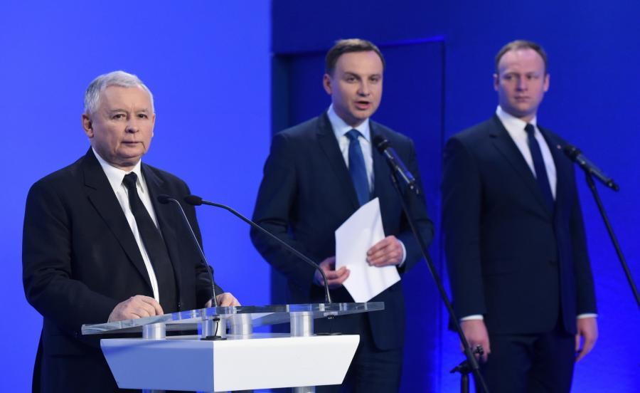 Od lewej: prezes PiS Jarosław Kaczyński, kandydat PiS na prezydenta Andrzej Duda i rzecznik prasowy PiS Marcin Mastalerek