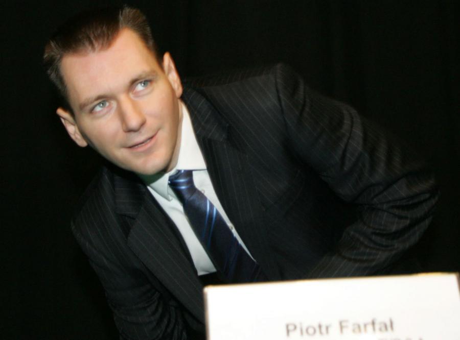 Jak długo ocaleje Farfał?