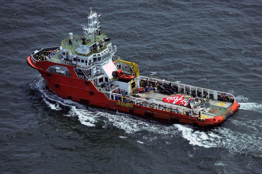Statek z ekipą poszukującą