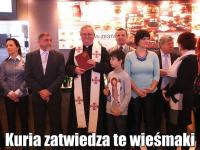 Ksiądz święci restaurację McDonald's, a Polki chcą być jak Ogórek. MEMY DNIA