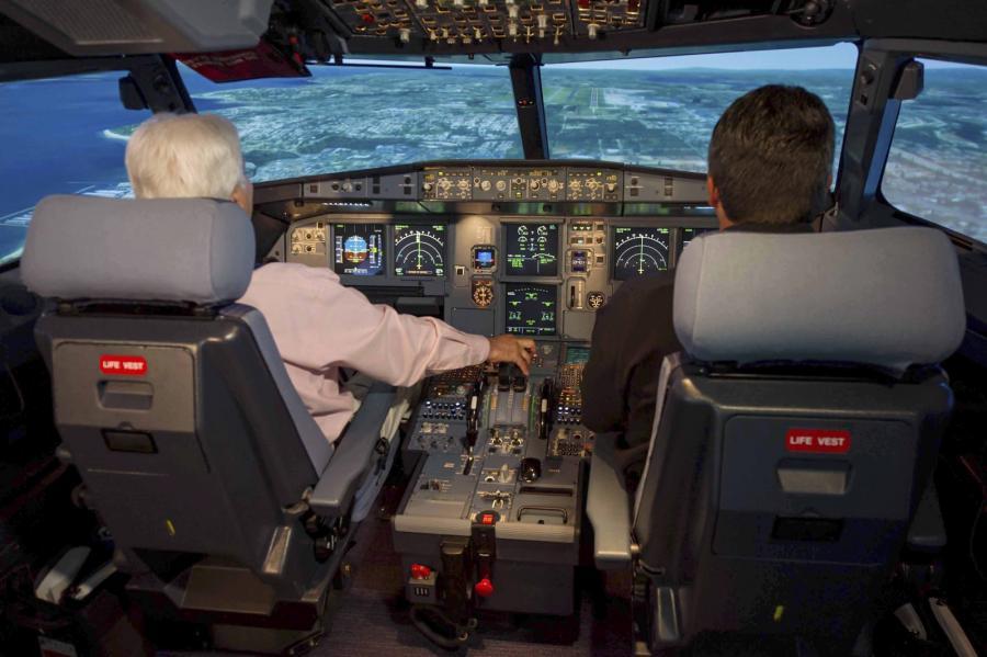 Wnętrze kokpitu samolotu Airbus A320