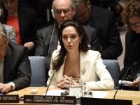 Jak zwykle 100 % kobiecości: Angelina Jolie przed ONZ