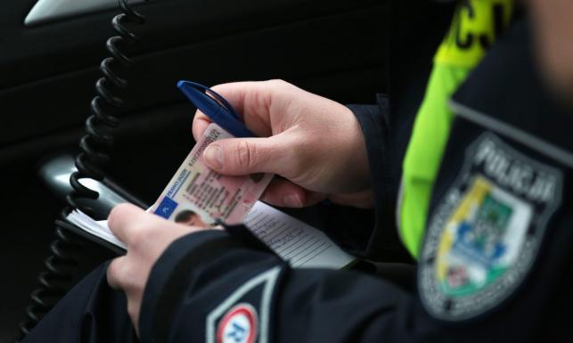 Rząd uruchamia nowe prawo! Utrata prawa jazdy na zawsze, 2 lata więzienia i cztery razy wyższe mandaty