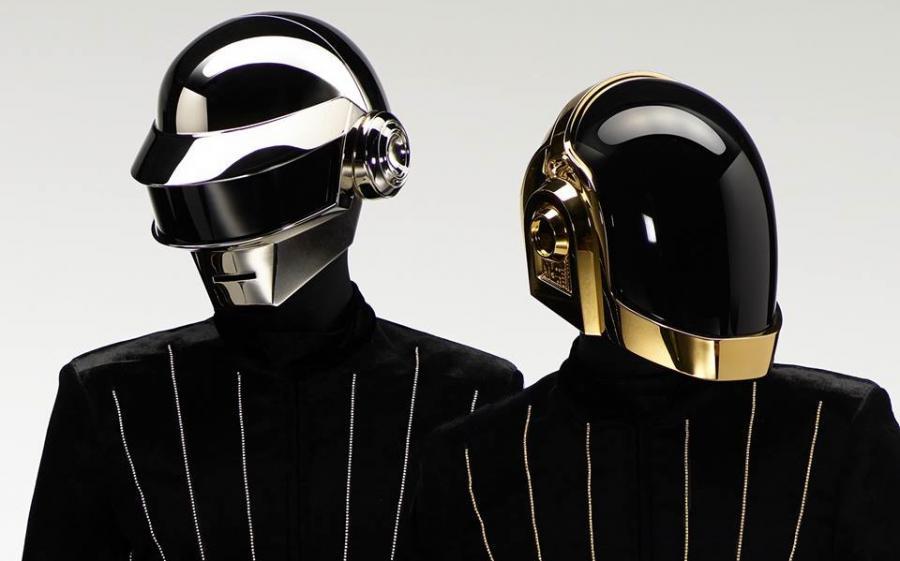 Kto chętny na ekskluzywne deskorolki od Daft Punk?
