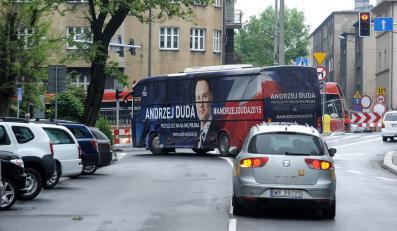 Autobus wyborczy kandydata PiS