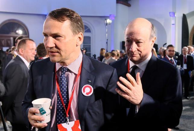 Radosław Sikorski i Jacek Rostowski na wieczorze wyborczym Bronisława Komorowskiego