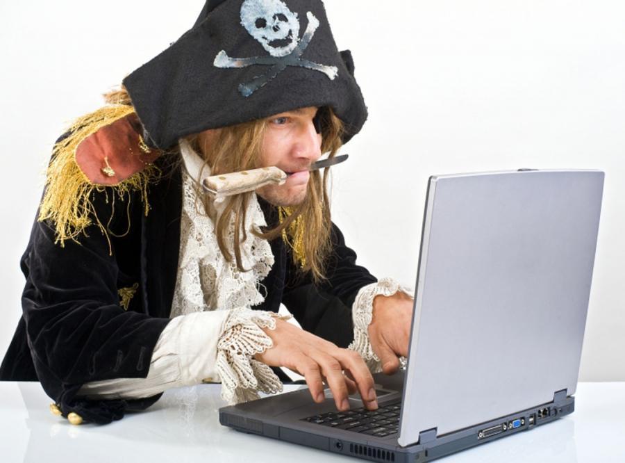 Londyn uderzy w internetowych piratów
