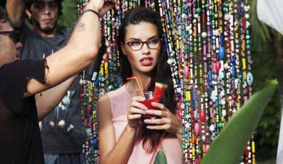 Adriana Lima w kampanii Vogue Eyewear wiosna/lato 2015