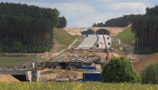 Tusk już wie kiedy ruszą prace na autostradzie A2