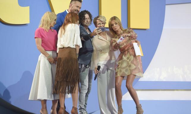 Miszczak obiecuje podwyżkę Wojewódzkiemu, czyli gwiazdy TVN prezentują jesienną ramówkę