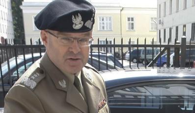 Generał Skrzypczak podał się do dymisji