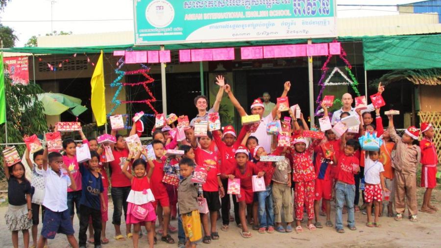 Boże Narodzenie w wiejskiej szkole w Angkor Borei / aseanschool.info