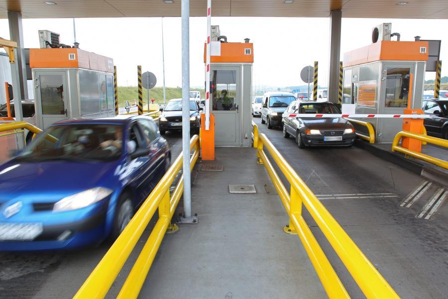 Punkt poboru opłat autostrady A1 Amber One w Rusocinie