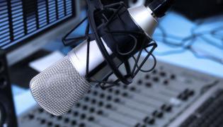Radiowe studio - zdjęcie ilustracyjne