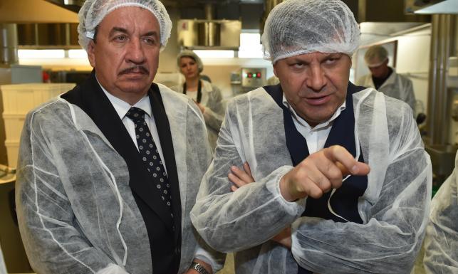 Wyjazdowe posiedzenie rządu. Wicepremier Piechociński zwiedził fabrykę \