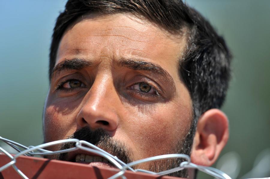 Syryjski uchodźca na granicy z Turcją (zdjęcie ilustracyjne)