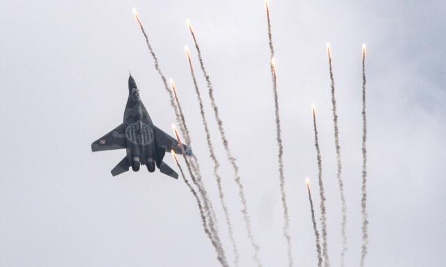 Air Show w Radomiu. Swoje umiejętności prezentują zespoły z 20 państw. ZDJĘCIA