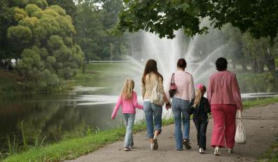 NIK: Trzeba kontrolować przyszłych rodziców