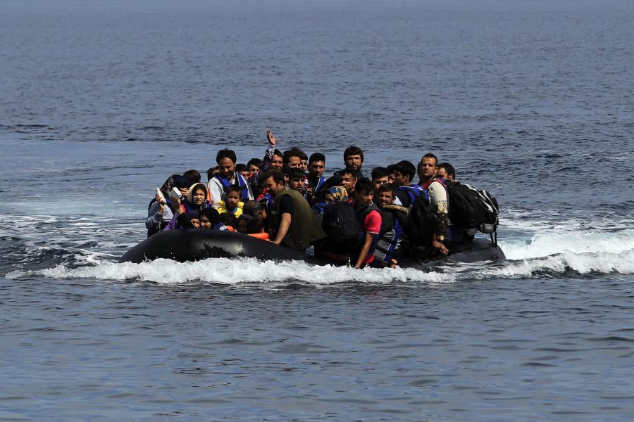 Uchodźcy u wybrzeży wyspy Lesbos