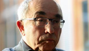 Profesor Aleksander Smolar