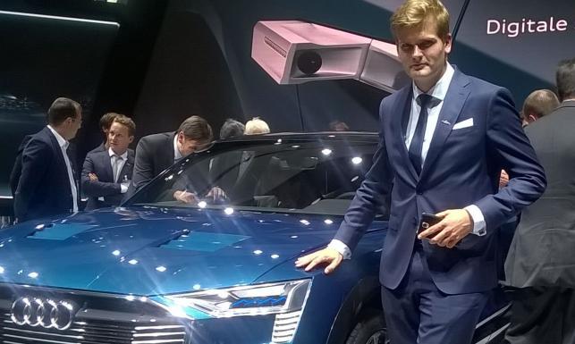 Auto stworzone przez Polaka zachwyciło we Frankfurcie. Przejedzie 500 km bez ładowania