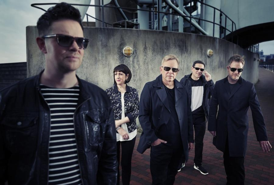 New Order wraca do złotych czasów synthpopu (w znakomitym towarzystwie), Italo Disco, Euro Disco, 80's, 90's, radio station, radio one live