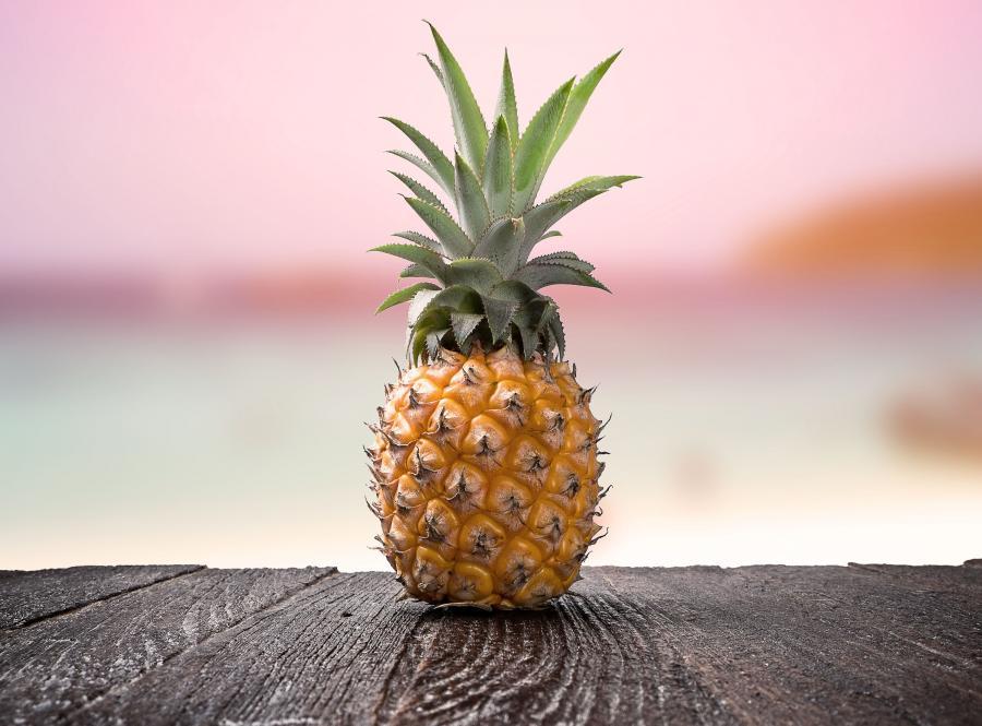 Ananas wzmacnia dziąsła...