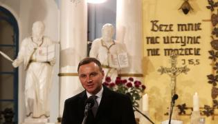 Prezydent Andrzej Duda wziął udział, 31 października w uroczystym nabożeństwie upamiętniającym 498. rocznicę Reformacji. Nabożeństwo zostało odprawione w kościele ewangelicko-augsburskim Jana Chrzciciela w Bielsku-Białej